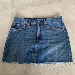 Levi's distressed hem denim skirt